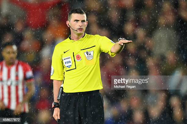 Referee Michael Oliver looks on during the Barclays Premier League match between Southampton and Leicester City at St Mary's Stadium on November 8...