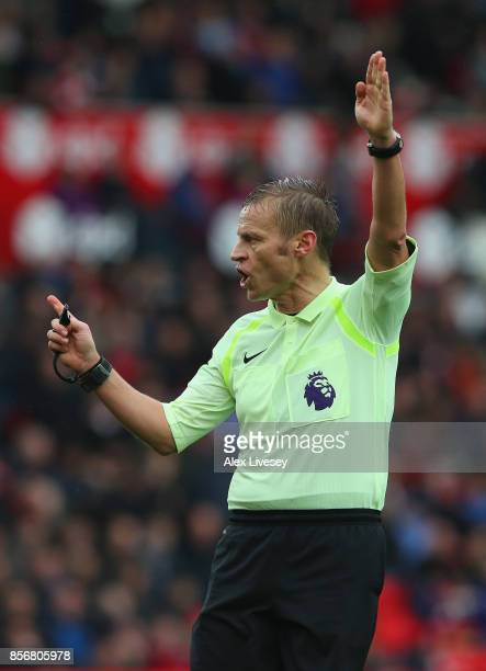 Referee Mike Jones during the Premier League match between Stoke City and Southampton at Bet365 Stadium on September 30 2017 in Stoke on Trent England