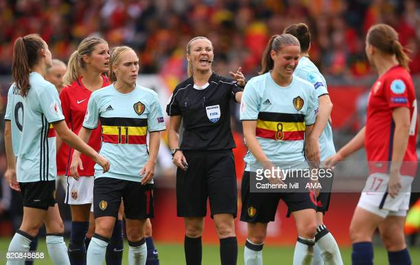 Referee Monika Mularczyk talks to the players during the UEFA Women's Euro 2017 match between Norway and Belgium at Rat Verlegh Stadion on July 20...