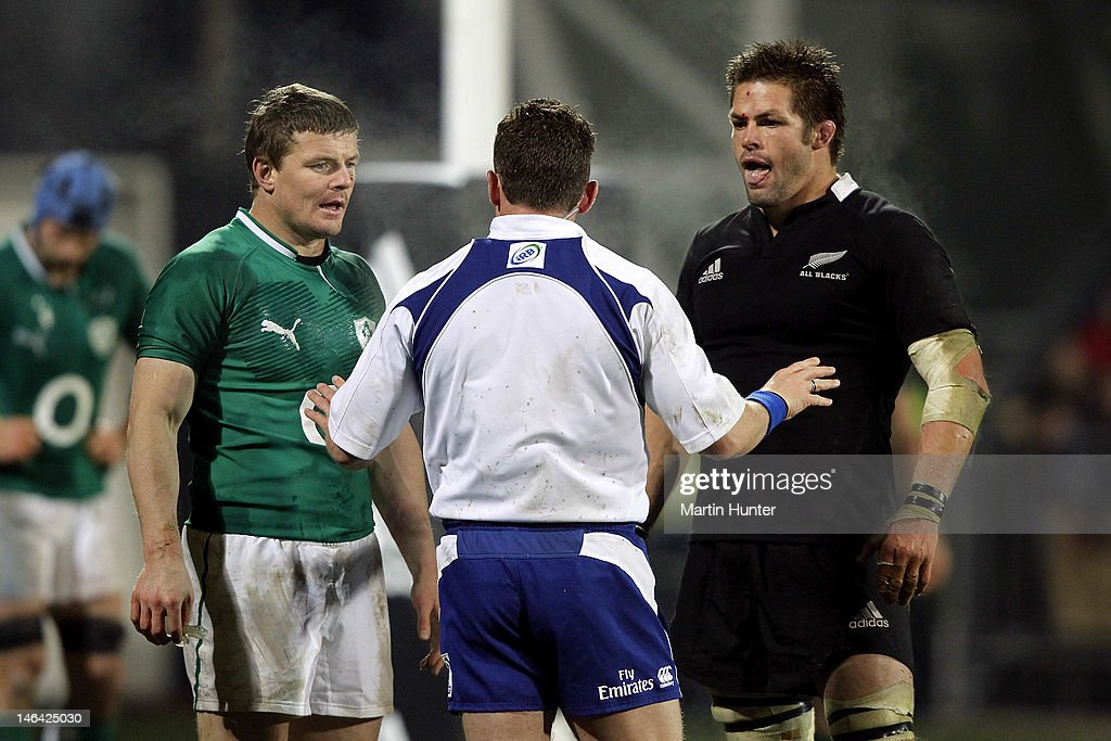 New Zealand v Ireland : News Photo