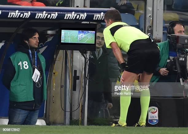 Referee Orsato after seeing the VAR assigns the penalty to Sampdoria during the Serie A match between UC Sampdoria and AS Roma on January 24 2018 in...