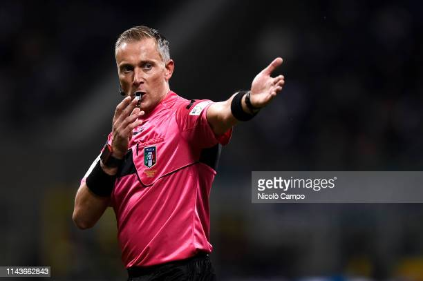 Referee Paolo Valeri gestures during the Serie A football match between FC Internazionale and AC ChievoVerona FC Internazionale won 20 over AC...