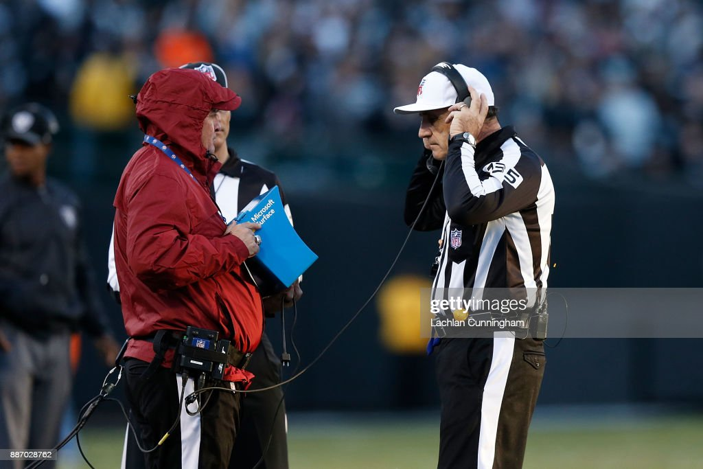 New York Giants v Oakland Raiders : News Photo