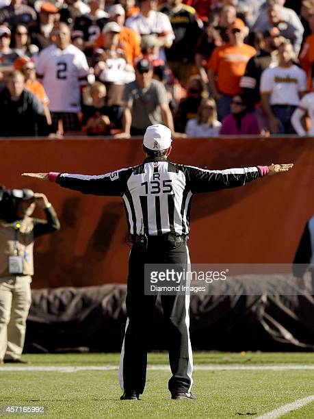 Referee Pete Morelli makes a call during a game between the Pittsburgh Steelers and Cleveland Browns on October 12 2014 at FirstEnergy Stadium in...
