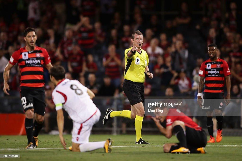 FFA Cup Semi Final - Western Sydney v Adelaide : News Photo