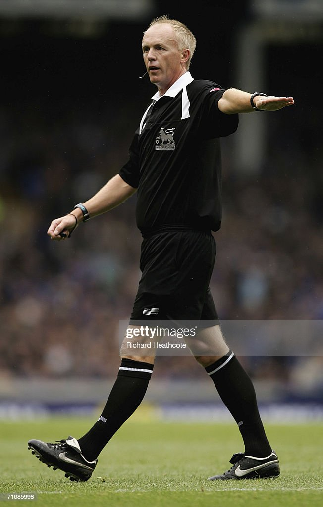 Referee Peter Walton in action during the Barclays Premiership match between Everton and Watford at Goodison Park on August 19, 2006 in Liverpool, England.