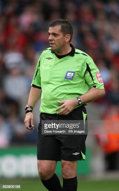 Referee Phil Dowd who banished Cardiff City`s Manager Dave Jones to the crowd Football FL Championship Barnsley v Cardiff City Sat 29 Sept 2007...