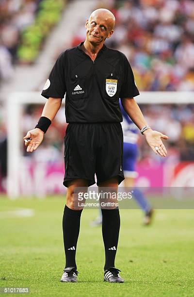 Referee Pierluigi Collina during the UEFA Euro 2004 Semi Final match between Greece and the Czech Republic at the Dragao Stadium on July 1 2004 in...