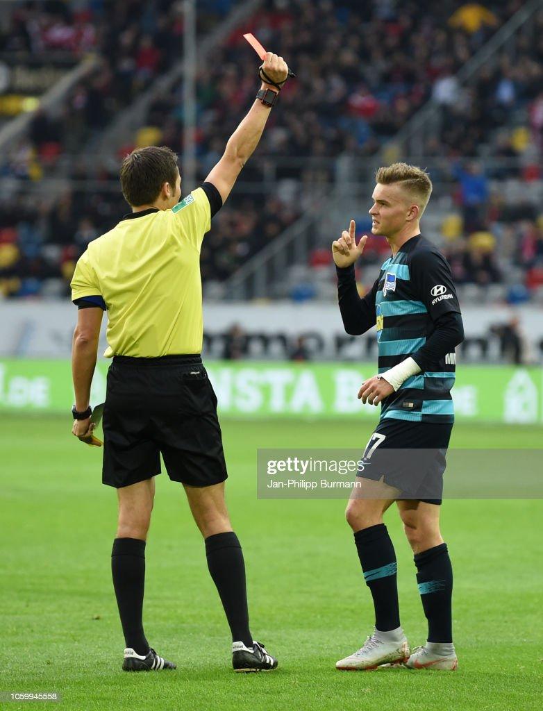 Fortuna Duesseldorf v Hertha BSC - 1 Bundesliga : Nachrichtenfoto