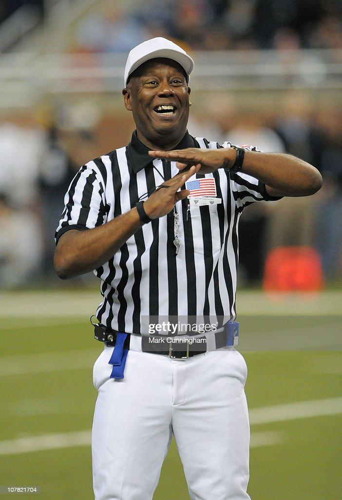 Little Caesars Bowl - Florida International v Toledo : News Photo