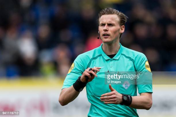 referee Sander van der Eijk during the Jupiler League match between Fortuna Sittard and Helmond Sport at the Fortuna Sittard Stadium on April 02 2018...