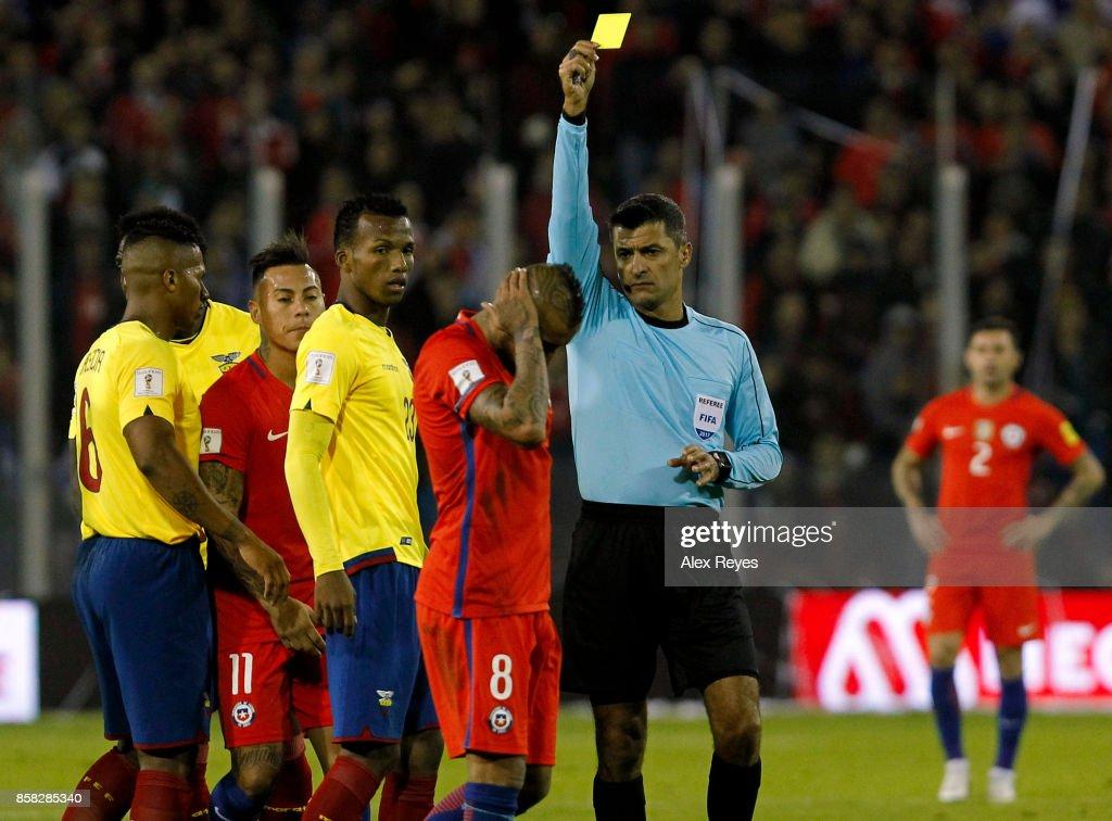 Chile v Ecuador - FIFA 2018 World Cup Qualifiers