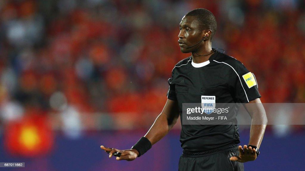 Referee Sidi Alioum of Cameroon during the FIFA U-20 World Cup Korea Republic 2017 group E match between Vietnam and New Zealand at Cheonan Baekseok Stadium on May 22, 2017 in Cheonan, South Korea.