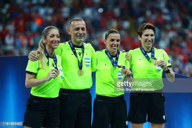 Referee Stephanie Frappart poses with her Assistants Manuela Nicolosi and Michelle O'Neill and their medals at the end of the UEFA Super Cup match...
