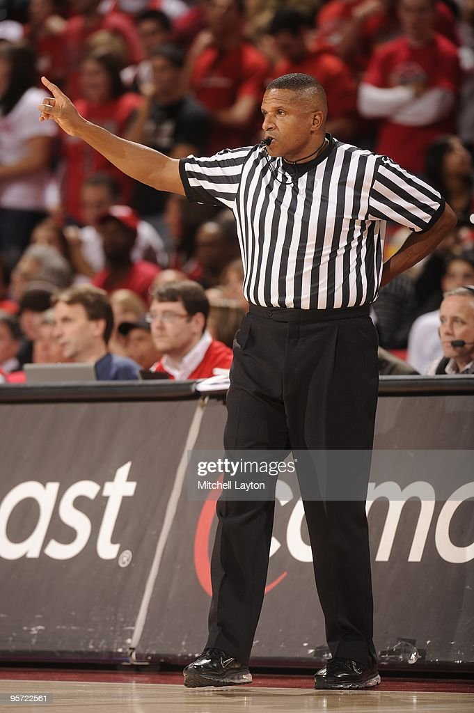 Referee Ted Valentine Looks On During A College Basketball Game Between The  Maryland Terrapins And The