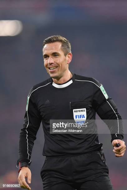 Referee Tobias Stieler smiles during the Bundesliga match between FC Bayern Muenchen and FC Schalke 04 at Allianz Arena on February 10 2018 in Munich...