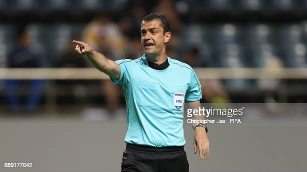 Referee Viktor Kassai in action during the FIFA U20 World Cup Korea Republic 2017 group A match between Guinea and Argentina at Jeju World Cup...