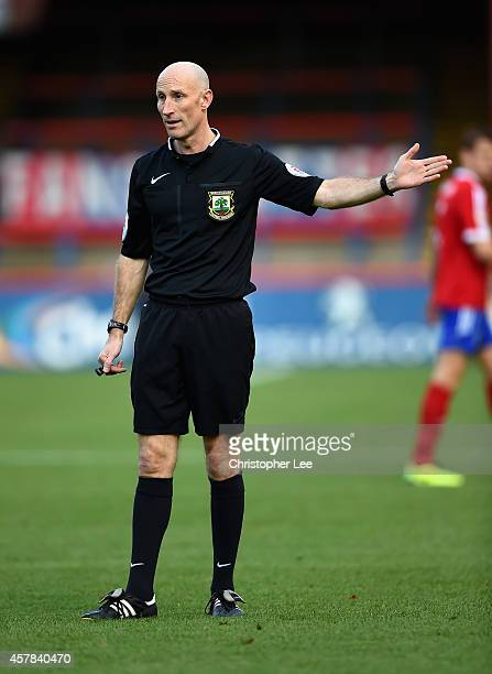 Referee Wayne Barratt during the FA Cup Qualifying Fourth Round match bteween Aldershot Town and Torquay United at The Electrical Services Stadium on...