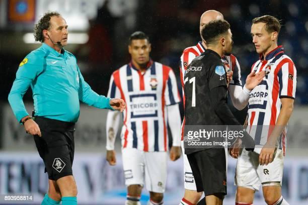 Referee Wiedemeijer Younes Namli of PEC Zwolle Elmo Lieftink of Willem II Freek Heerkens of Willem II during the Dutch Eredivisie match between...