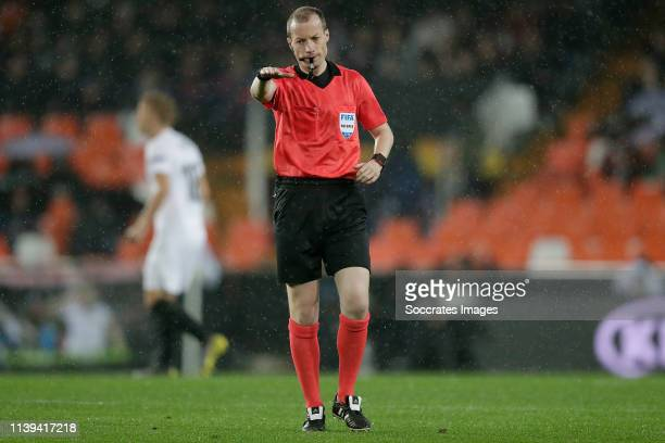 Referee William Collum during the UEFA Europa League match between Valencia v Villarreal at the Estadio de Mestalla on April 18, 2019 in Valencia...