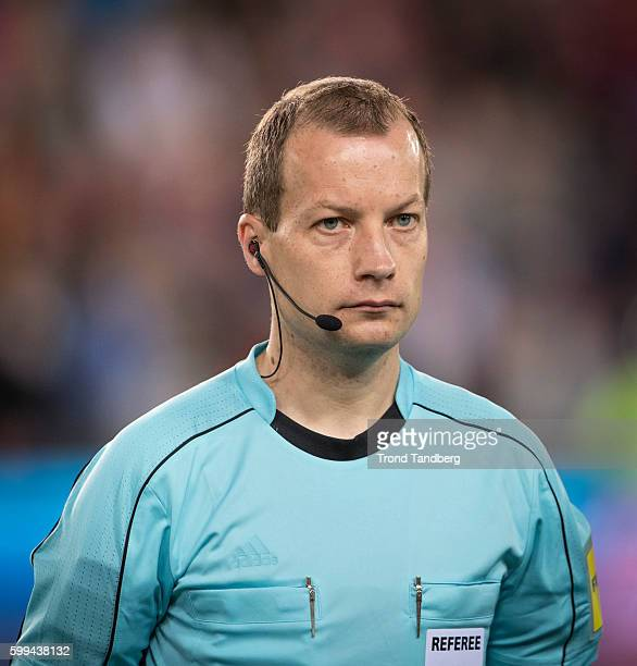 Referee William Collum of SCO during 2018 FIFA World Cup Qualifier Norway v Germany at Ullevaal Stadion on September 4, 2016 in Oslo, Norway.