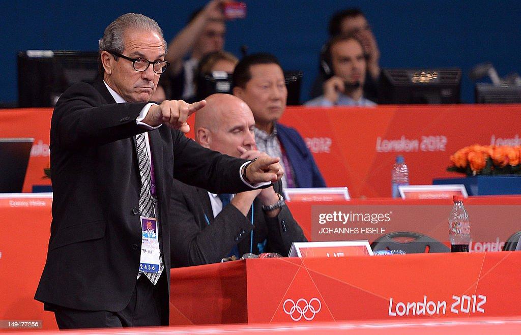 Referees director Juan Carlos Barcos spe : News Photo