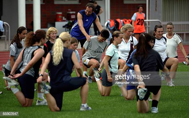 Refereetrainer Hellmut Krug instructs the female referees during the German Football Federation referee seminar on July 29 2005 in Neu Isenburg near...