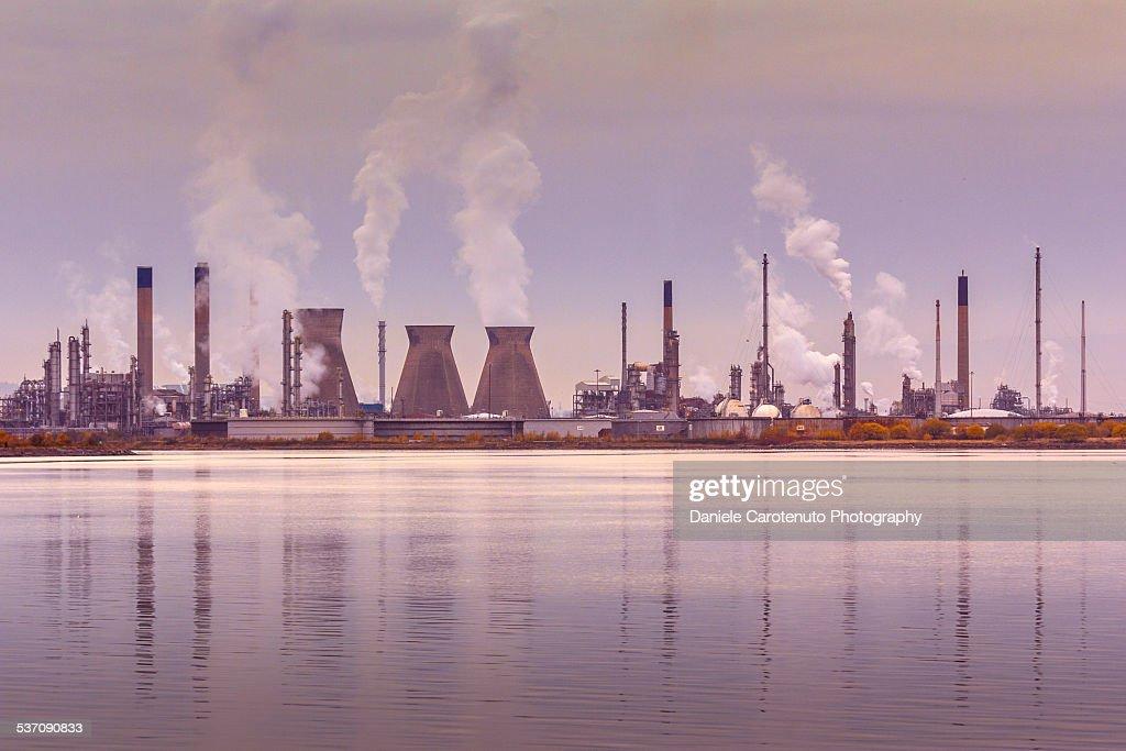 Refinery : Stock Photo