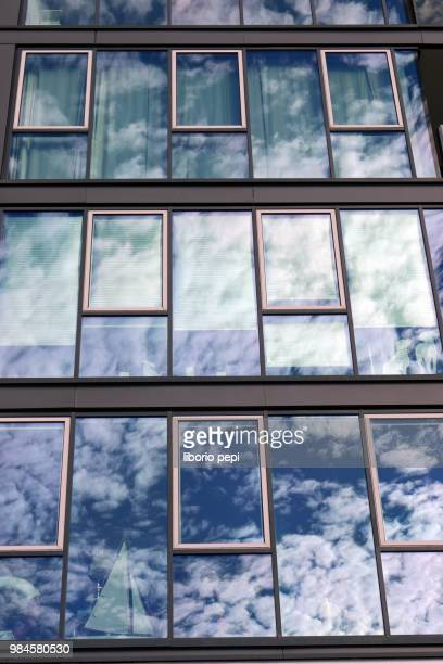 reflection of a clouds sky - liborio pepi stock-fotos und bilder
