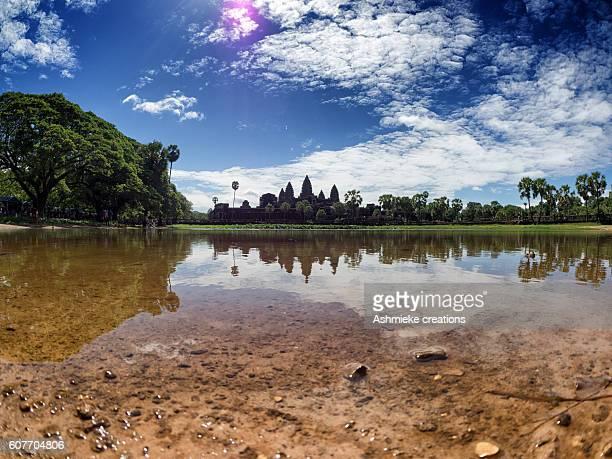reflection of angkor wat temple siem reap cambodia - アンコールワット ストックフォトと画像
