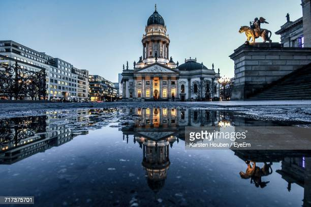 reflection of building in water - gendarmenmarkt stock pictures, royalty-free photos & images