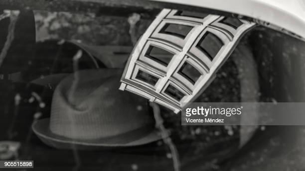 reflection - vicente méndez fotografías e imágenes de stock