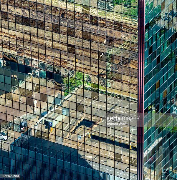 reflections in a highrise - the hague stock pictures, royalty-free photos & images