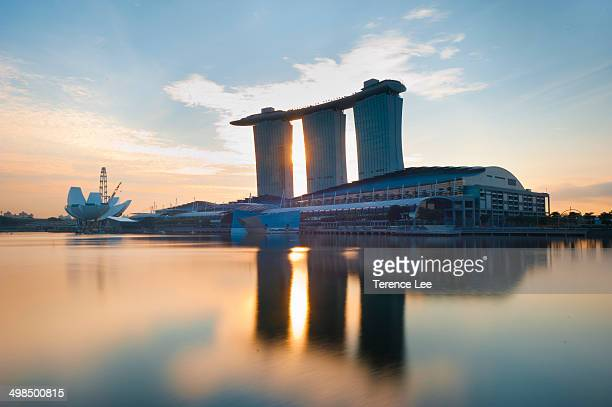 CONTENT] Reflections of Marina Bay Sands Singapore at Sunrise Casino Integrated resort