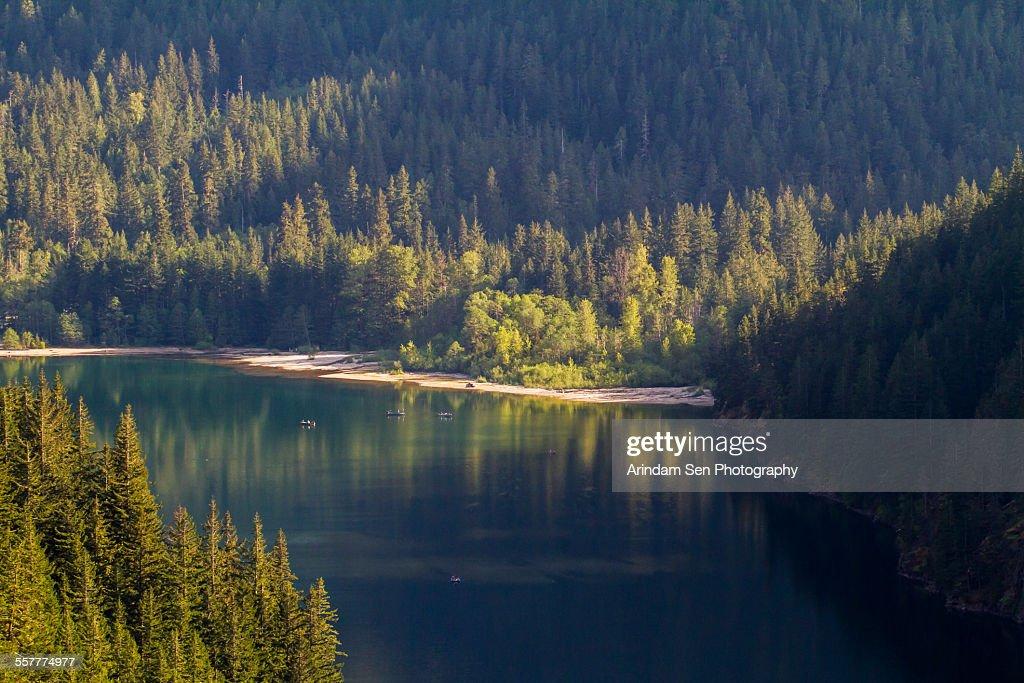 Reflections on lake Diablo : Foto de stock