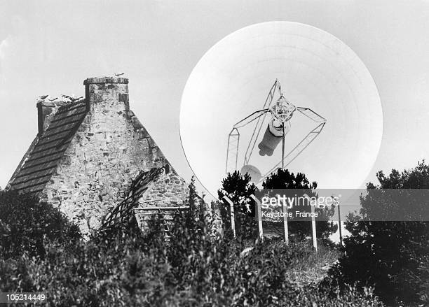 Reflector Of A 28 Meters Diameter And A Weighing Of 60 Tons Is Installed In The Telecommunications Station In PleumeurBodou In The Cotes D'Armor For...