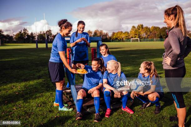 refreshments for all the team - football team stock pictures, royalty-free photos & images