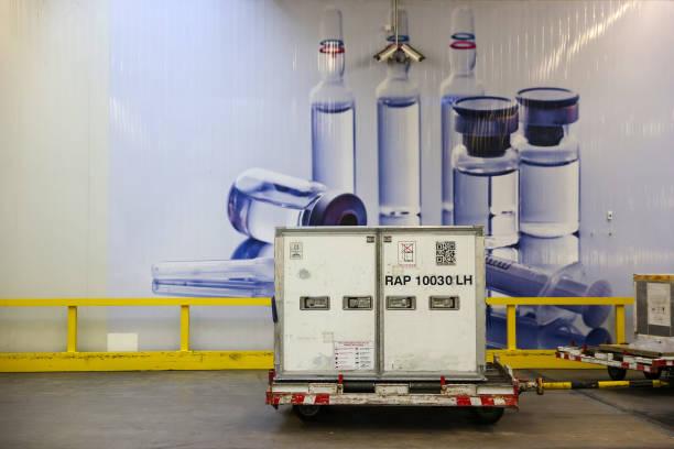 DEU: Deutsche Lufthansa AGPrepares Vaccine Cold Storage Airlift Network