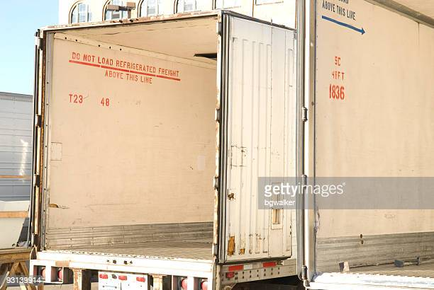 refrigerator trucks - refrigerator truck stock pictures, royalty-free photos & images