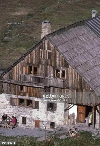 Refuge des Fonts dans le Briançonnais dans la Vallée de la Cerveyrette dans les Alpes en septembre 1986 en France