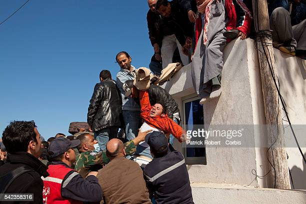 Refugee crisis is looming on the Libyan-Tunisian border as thousands desesperate foreign workers try to escape Libya. Many tens of thousands more are...