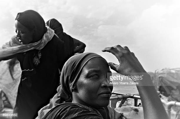 Refugee women in Bahai refugee camp