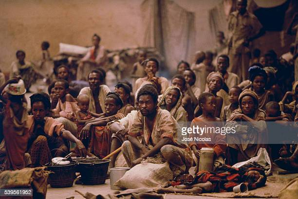 Refugees in the camp of Moga, around Mogadishu, during the famine of 1992.