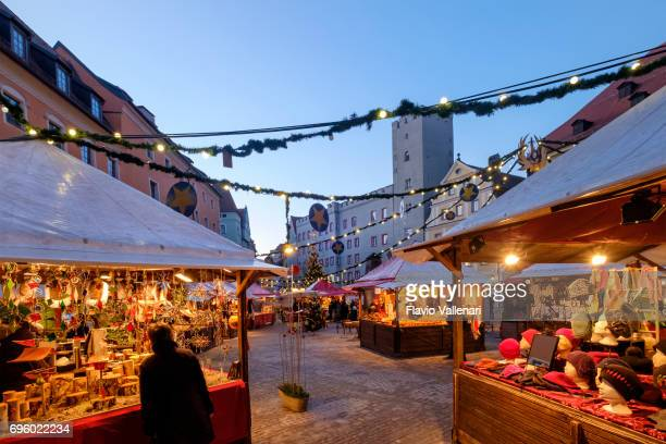 regensburg at christmas, lucrezia-markt in haidplatz - germany - regensburg stock photos and pictures