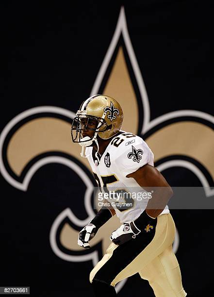 Reggie Bush of the New Orleans Saints takes the field before the game against the Tampa Bay Buccaneers at the Superdome September 7 2008 in New...