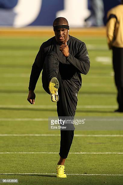 Reggie Bush of the New Orleans Saints warms on the field prior to the start of Super Bowl XLIV against the Indianapolis Colts on February 7 2010 at...