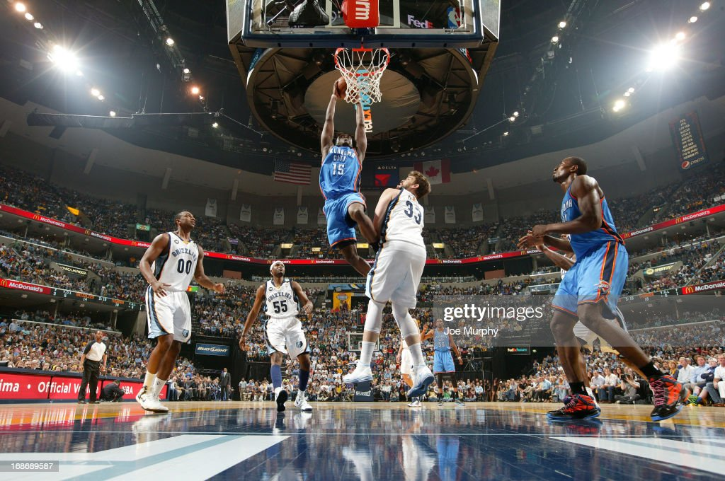 Reggie Jackson of the Oklahoma City Thunder dunks against ...