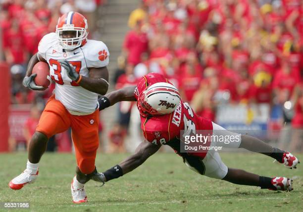 Reggie Merriweather if the Clemson Tigers eludes William Kershaw of the Maryland Terrapins and goes 38 yards for the game winning touchdown in the...