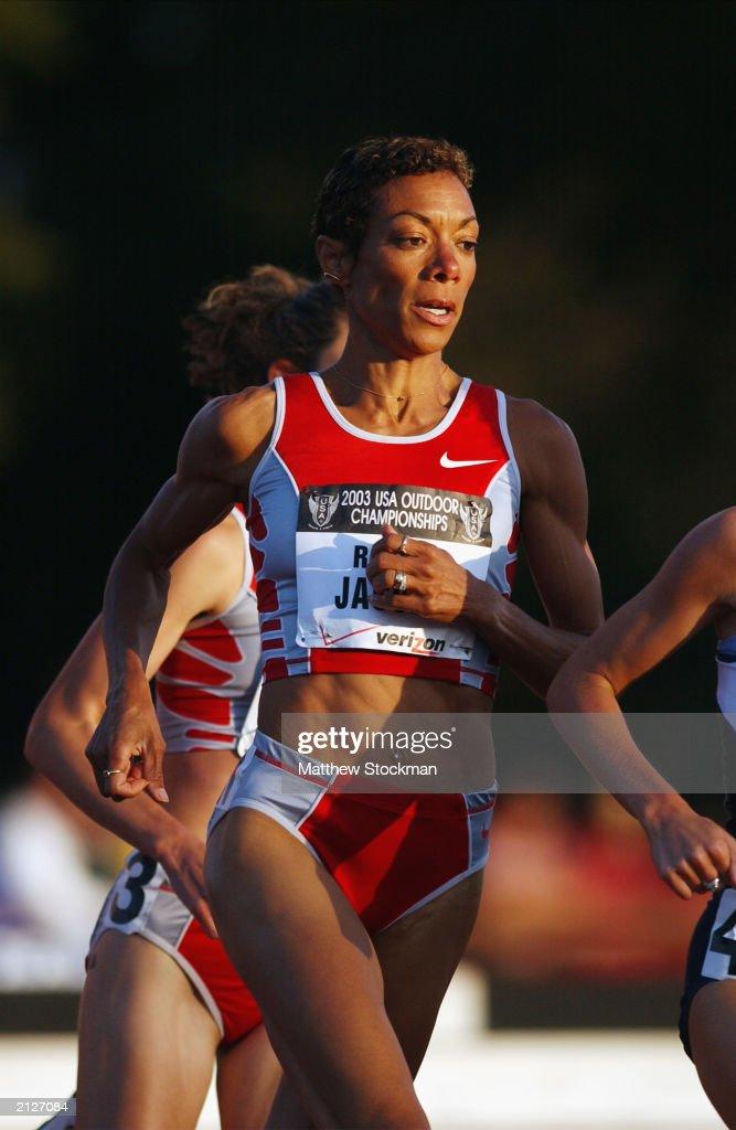 Regina Jacobs paces : News Photo