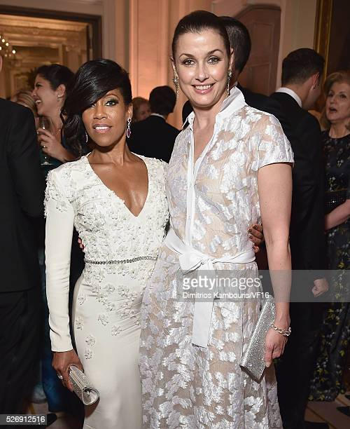 Regina King and Bridget Moynahan attend the Bloomberg Vanity Fair cocktail reception following the 2015 WHCA Dinner at the residence of the French...